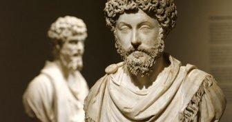 marcus aurelius statue