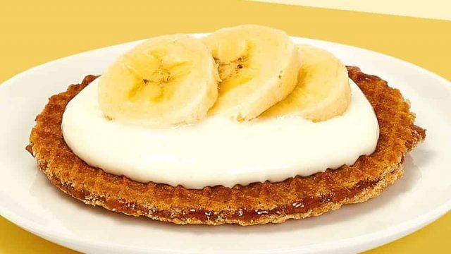 waffle and banana cream